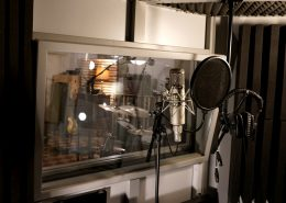 Recording booth for vocal recordings with high end vocal microphone Vox-o-rama type 47